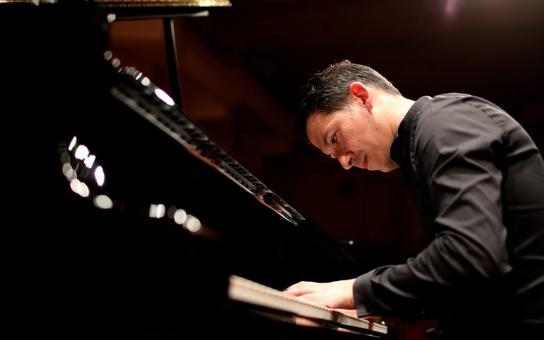 Interview with Mexican Pianist Alejandro Vela